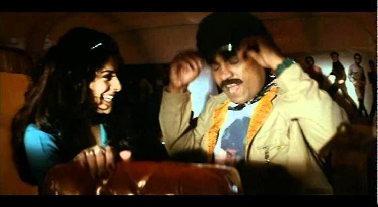 Aaghaat movie scenes Johny lever his girl friend romance in auto Aaghaaz