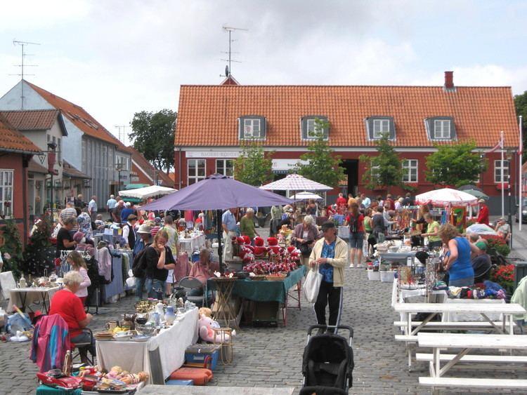 Aakirkeby FileBornholm Aakirkeby markedsdag2jpg Wikimedia Commons