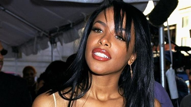 Aaliyah Aaliyah Film Actress Singer Biographycom