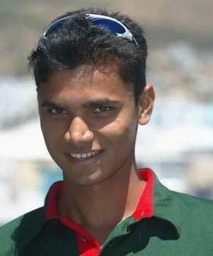 Aamer Khan (cricketer, born 1972) Aamer Khan cricketer Born 1972 Profile Photos Wallpapers