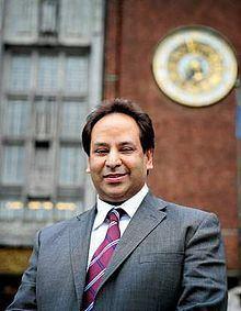 Aamir J. Sheikh httpsuploadwikimediaorgwikipediacommonsthu