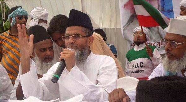 Aamir Rashadi Madni Rashtriya Ulema Council chief to take on Mulayam Singh Yadav in