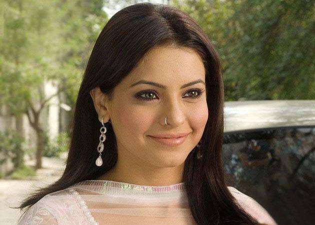 Aamna Sharif indtvimgcommtmovies201304aamnasharifreadjpg