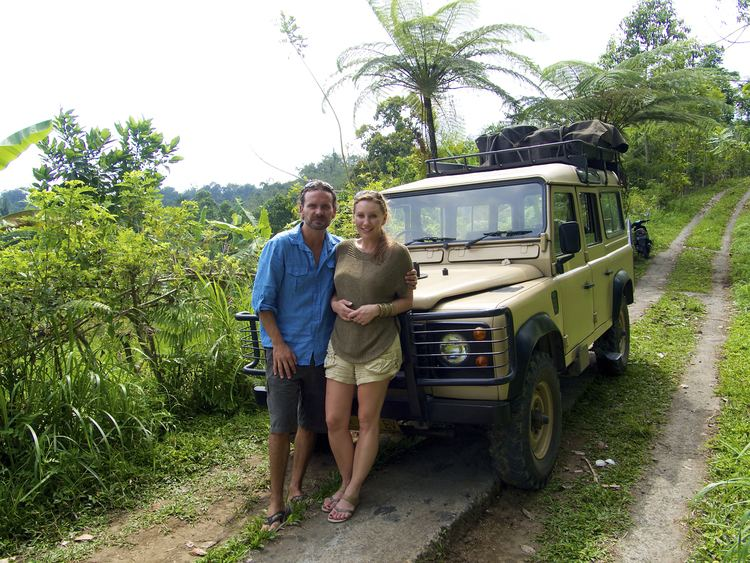 Aaron Doering Amy travels to Singapore and Bali researching education
