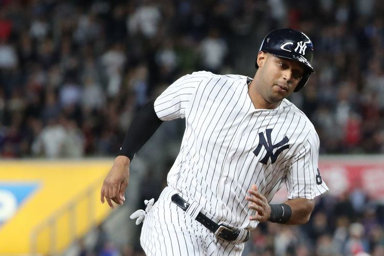 Aaron Hicks Why Aaron Hicks could be the Yankees most improved player in 2017