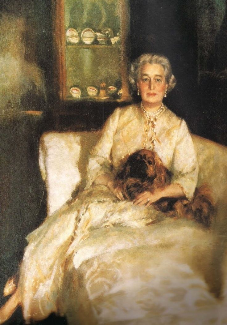 Aaron Shikler The Devoted Classicist a portrait of Sister Parish with