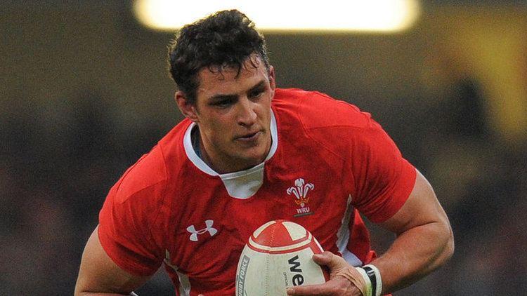 Aaron Shingler Wales flanker Aaron Shingler returns to Scarlets for