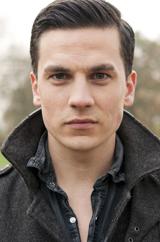 Aaron Sidwell Eastenders Actor Aaron Sidwell Flickr Photo Sharing