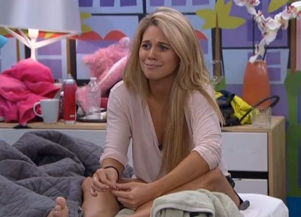 Aaryn Gries Aaryn Gries Loses Modeling Contract Over Big Brother 15 Comments