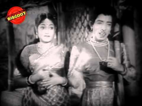 Aasha Sundari Aasha Sundari 1960 FeatDr Rajkumar Harini