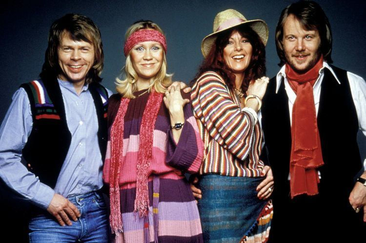 ABBA ABBA reunite on stage for first time in 30 years at Mamma Mia themed