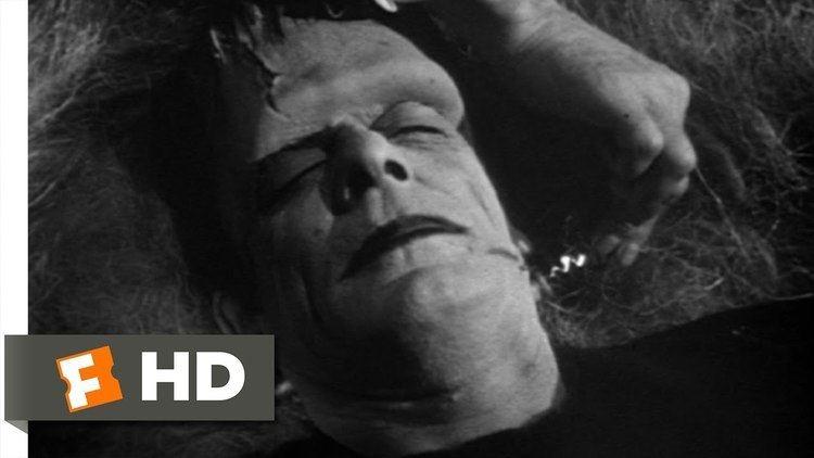 Abbott and Costello Meet Frankenstein movie scenes Dracula Wakes Frankenstein Scene Abbott and Costello Meet Frankenstein Movie 1948 HD