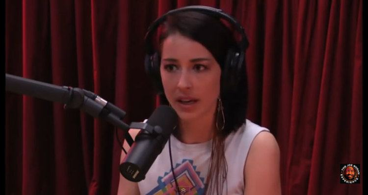 Abby Martin Mossad Front Girl Abby Martin Goes Two Plus Hours Deep