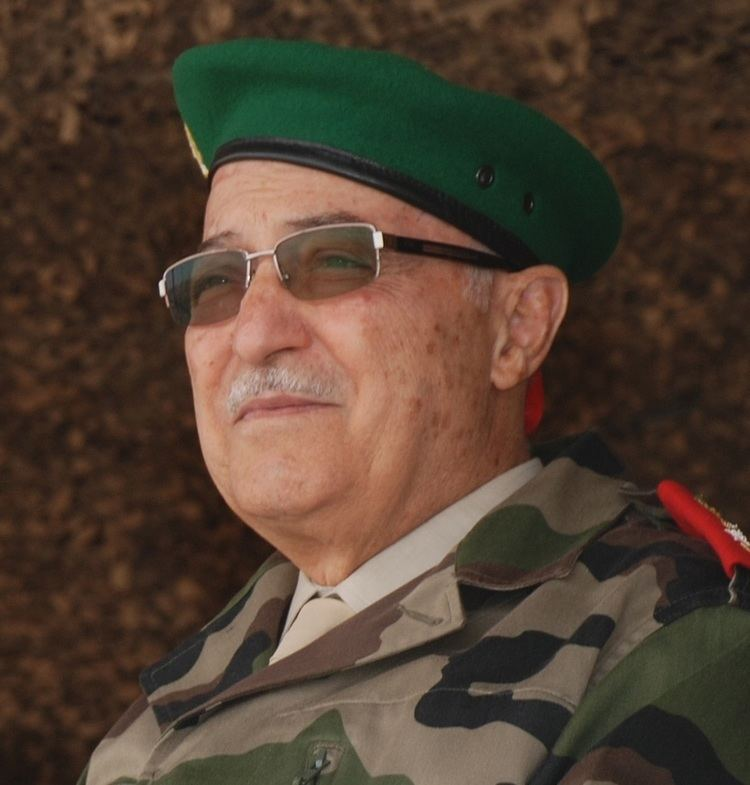 Abdelaziz Bennani httpsuploadwikimediaorgwikipediacommonsff