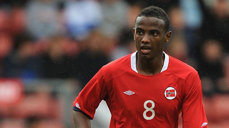 Abdisalam Ibrahim ManchesterCityFCdefensivemidfielderAbdisalamIbrahimhasbeengrantedafreetransferbyManuelPellegrinijpg