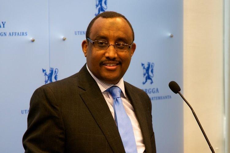 Abdiweli Mohamed Ali httpsuploadwikimediaorgwikipediacommonsaa