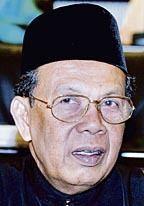 Abdul Hamid Mohamad httpsuploadwikimediaorgwikipediams880Abd