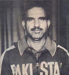 Abdul Khaliq (athlete) httpsuploadwikimediaorgwikipediaenthumbb