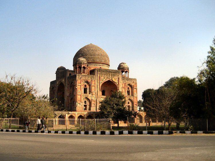 Abdul Rahim Khan-I-Khana FileTomb of Abdul Rahim KhanIKhana Delhijpg
