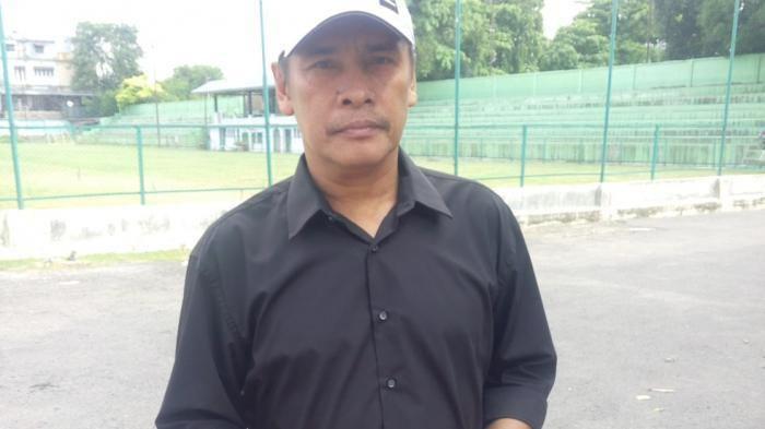 Abdul Rahman Gurning Abdul Rahman Gurning Resmi Pelatih PSMS Tribun Medan
