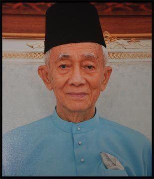Abdul Rahman Ya'kub Former Chief Minister TYT Tun Rahman Yakub passes away at 87