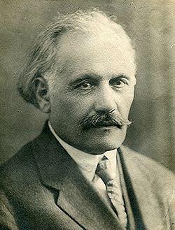 Abdurrahim bey Hagverdiyev httpsuploadwikimediaorgwikipediacommonsthu