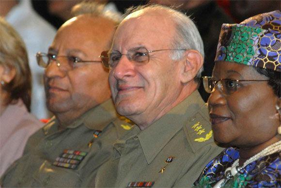 Abelardo Colomé Ibarra Preside Ministro del Interior de Cuba acto de solidaridad con