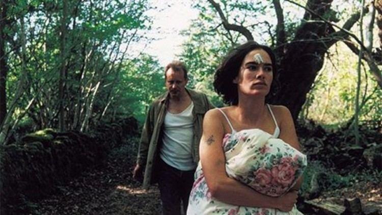 Aberdeen (2000 film) Aberdeen 2000 MUBI
