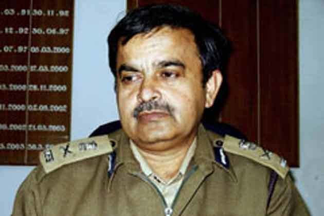 Abhayanand Bihar DGP Abhayanand removed PK Thakur takes over