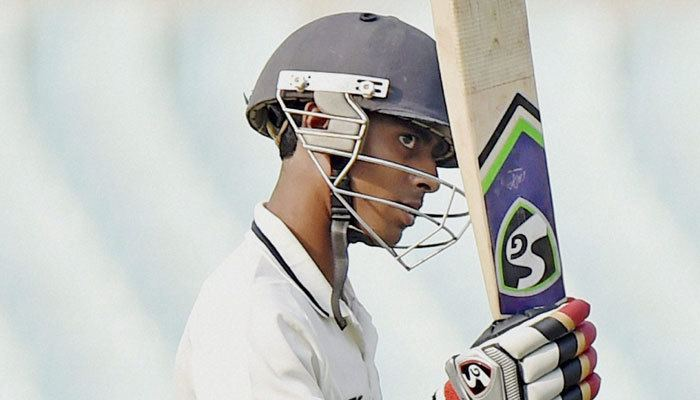 Abhimanyu Easwaran Ranji Trophy Abhimanyu Easwaran puts Bengal in command against TN