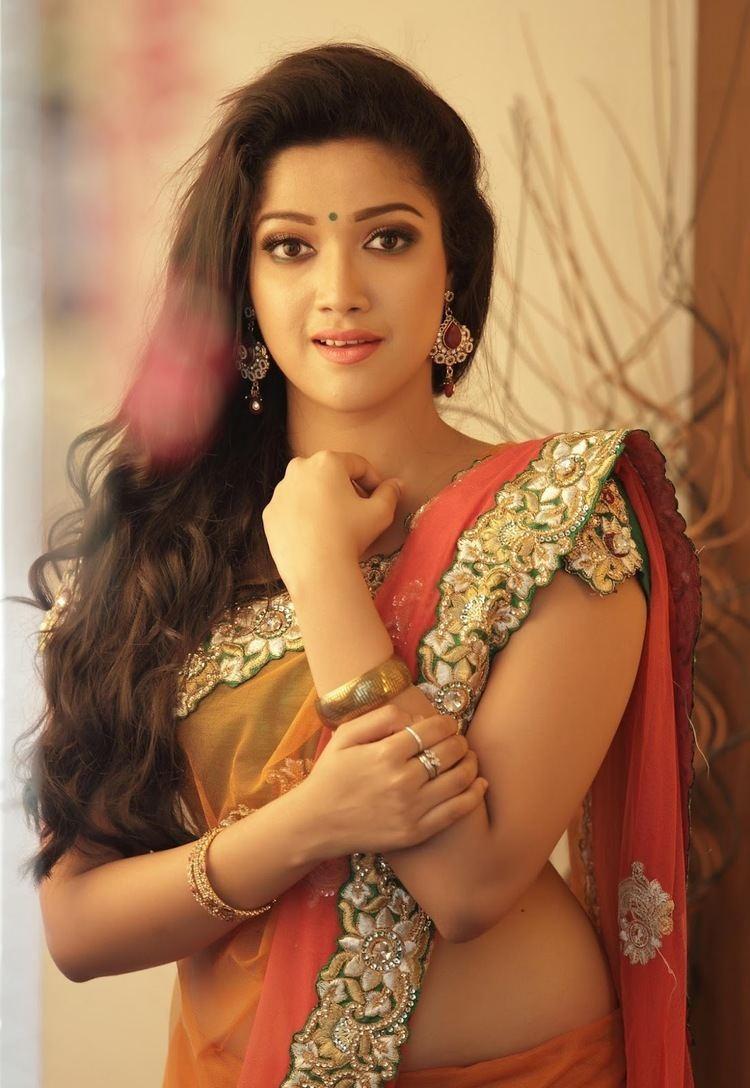 Abhirami (actress) Abhirami Suresh Hot Looks in Saree South Indian Actress