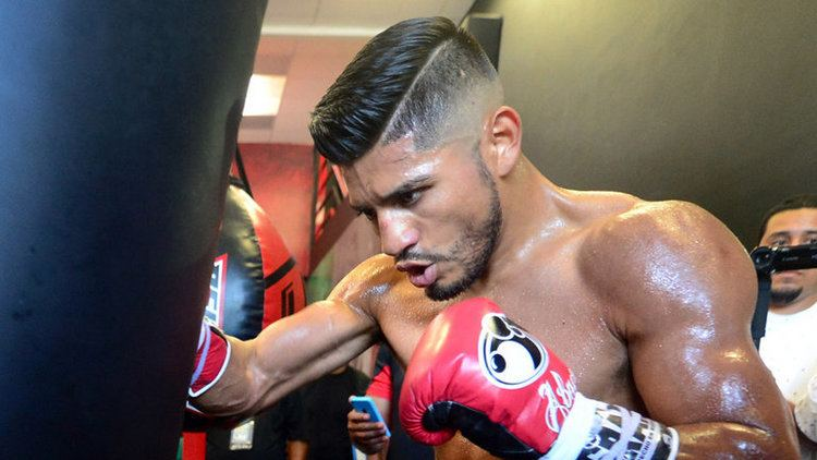 Abner Mares Abner Mares says bout with Leo Santa Cruz will be Fight of
