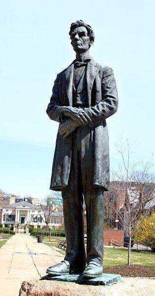 Abraham Lincoln (George Grey Barnard)