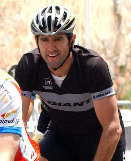 Abraham Olano httpsuploadwikimediaorgwikipediacommonsff