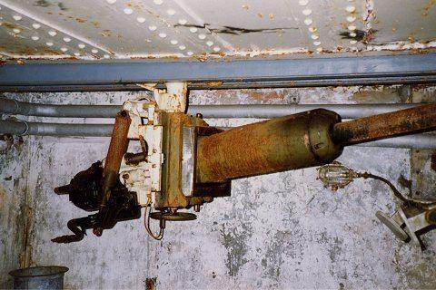 AC 37 anti-tank gun