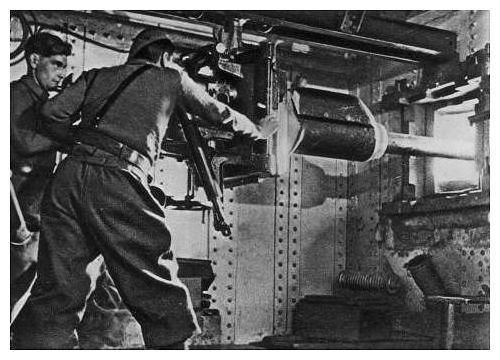 AC 47 anti-tank gun