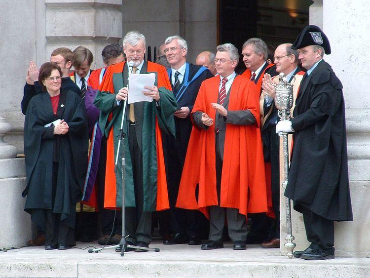 Academic dress of the University of Dublin