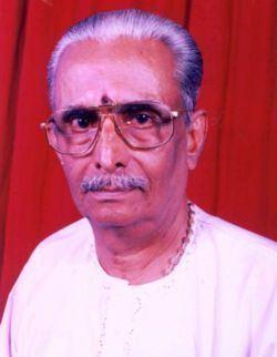 Acharya Narendra Bhooshan mediahaindavakeralamcomachariya1611201011402599