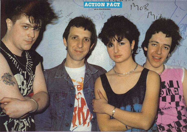 !Action Pact! Punky Gibbon Action Pact