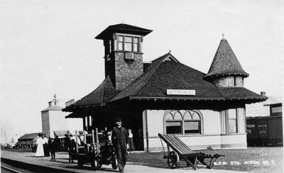Acton GO Station