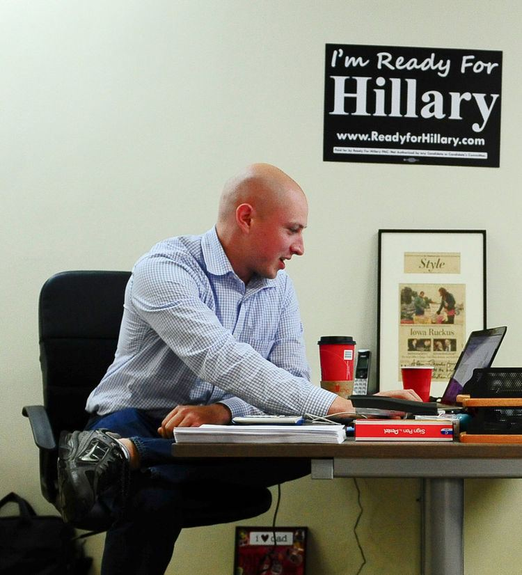 Adam Parkhomenko Clinton39s Unlikely Money Man Invests Adulthood in Her Bid