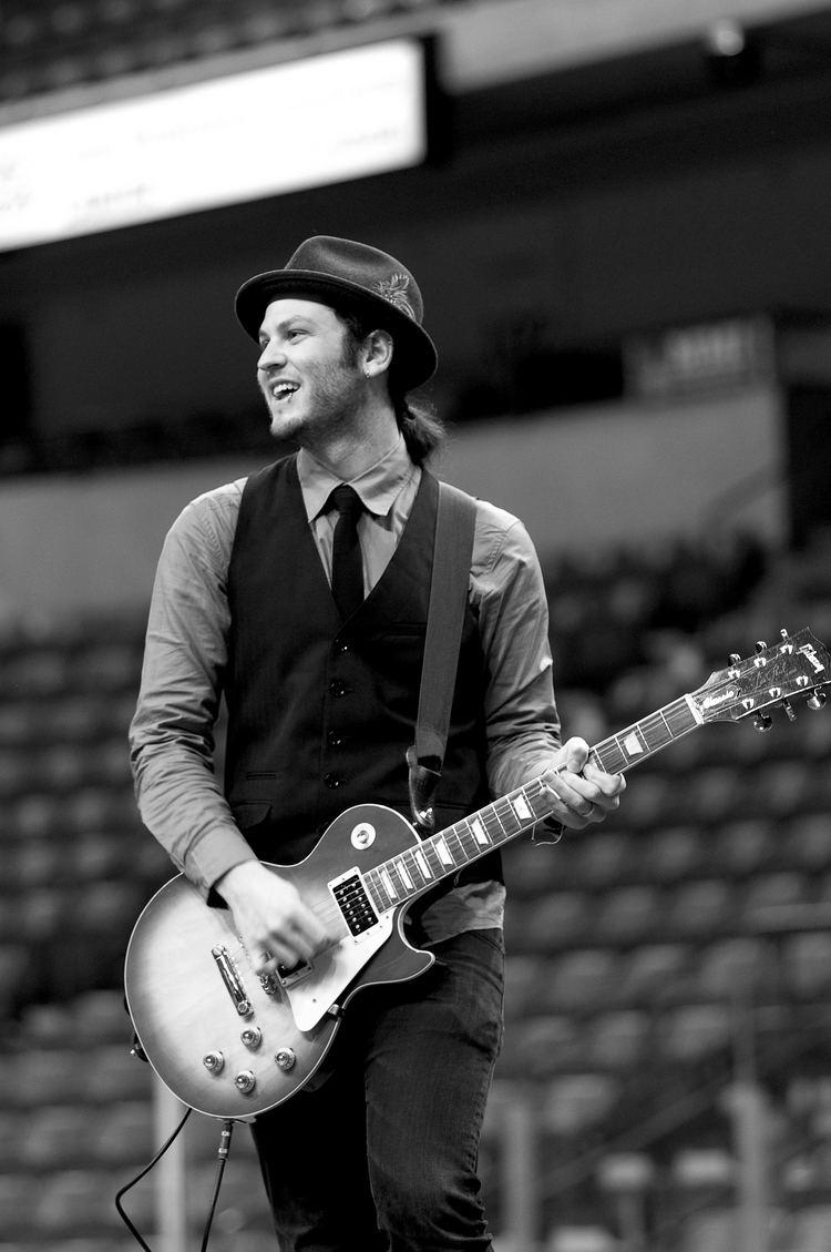 Adam Richman (singer) Allentown native Adam Richman talks about helping write Merry