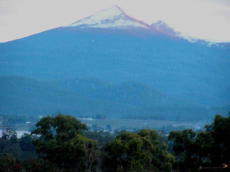Adamsons Peak Bonzle Adamsons Peak Out Over Dover Bay Tasmania