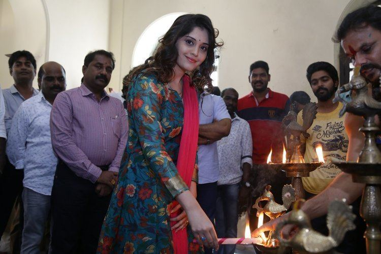 Adangathey Adangathey Movie Pooja Stills Cine Punch