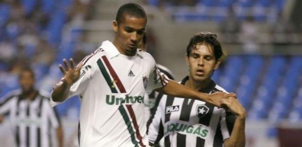 Adeílson Pereira de Mello eiuolcombresportefutebol20091209faheld