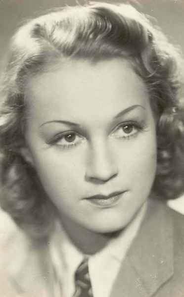 Adina Mandlova Adina Mandlov
