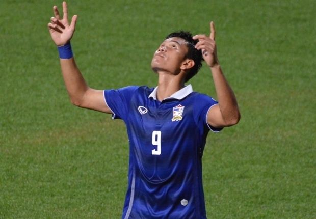 Adisak Kraisorn Key Battles Thailand vs Malaysia Goalcom