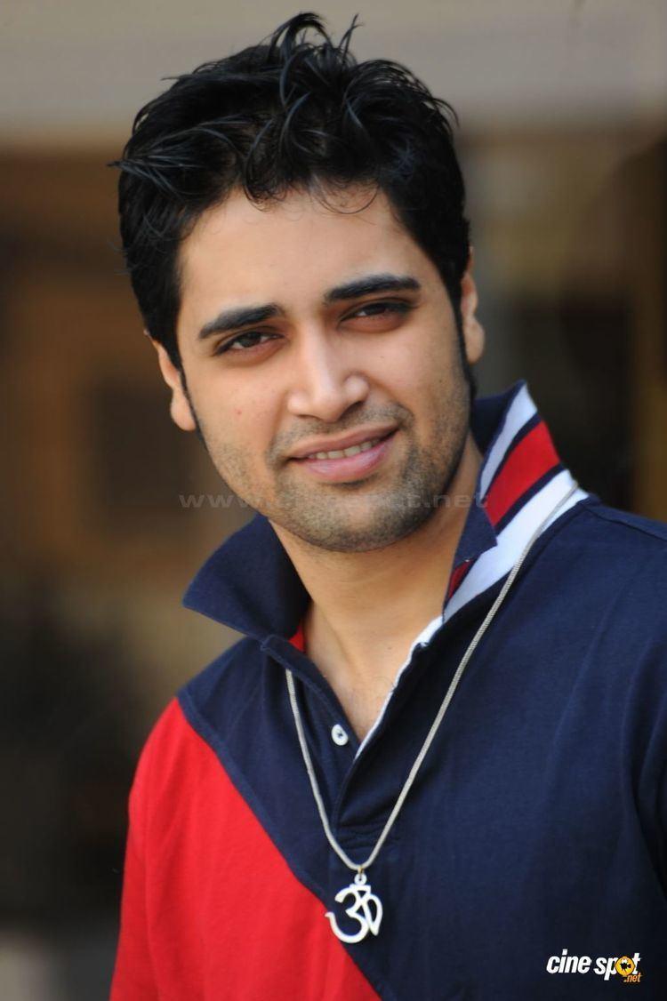 Adivi Sesh Adivi Sesh Telugu Actor Photos Pics