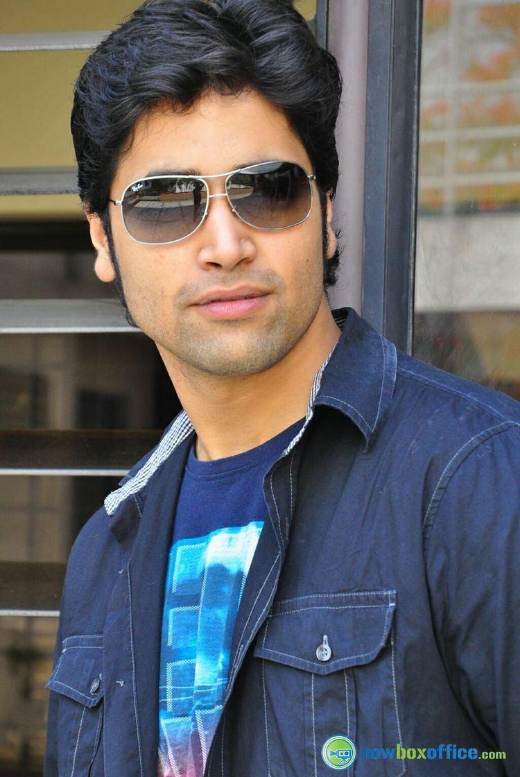 Adivi Sesh Adivi Sesh Actor Photos Adavi Sesh in Kiss Pressmeet