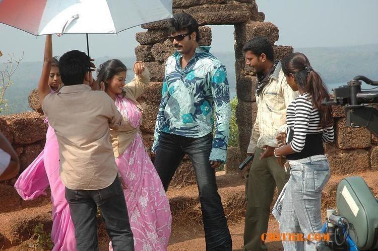 Adivishnu movie scenes